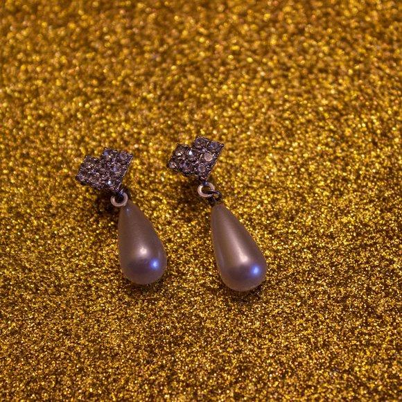 Rhinestone and pearl drop earrings